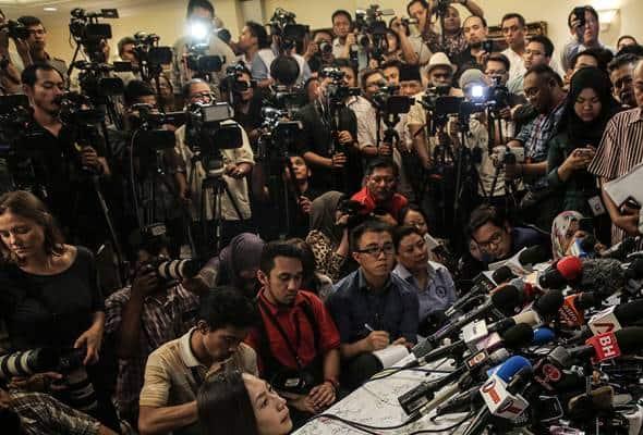 Pengamal media menuju era media konvergen dalam pemberitaan