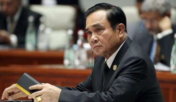 PM Thailand arah tingkat keselamatan, buru penyerang