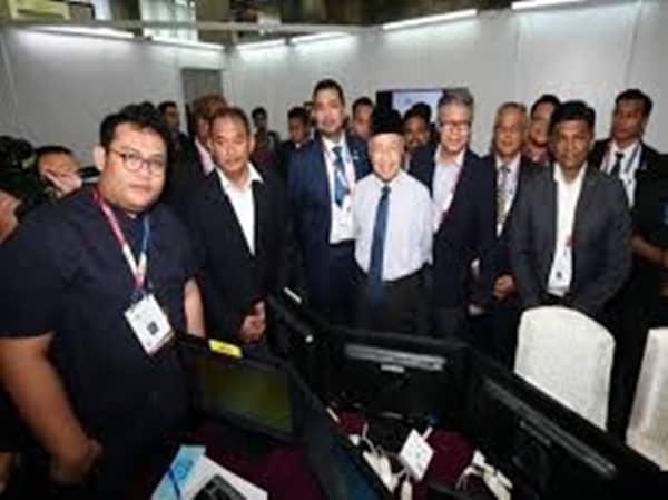 Dr Mahathir puas hati dengan liputan media Sidang Kemuncak KL 2019