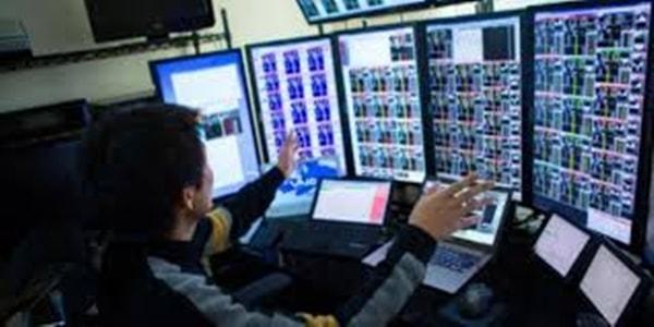 Bursa Malaysia dibuka tinggi teruskan kenaikan minggu lepas