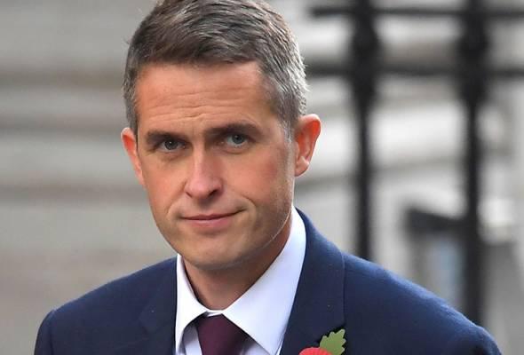 Setiausaha Pendidikan UK mohon maaf ketidakadilan penilaian pelajar