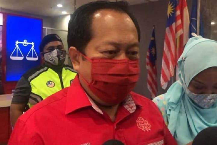 UMNO terus desak Parlimen dibuka semula