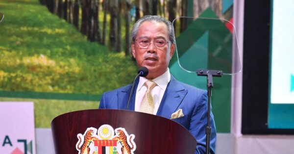 Muhyiddin tangguh lawatan rasmi ke Singapura