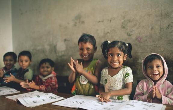 Penutupan sekolah akibat pandemik tingkatkan jurang pembelajaran di Asia Selatan