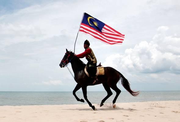 Sambut Hari Malaysia dengan kesatuan melawan COVID-19